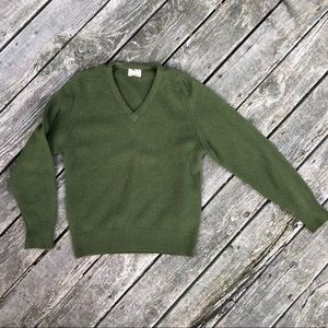 Vintage olive green v-neck sweater.